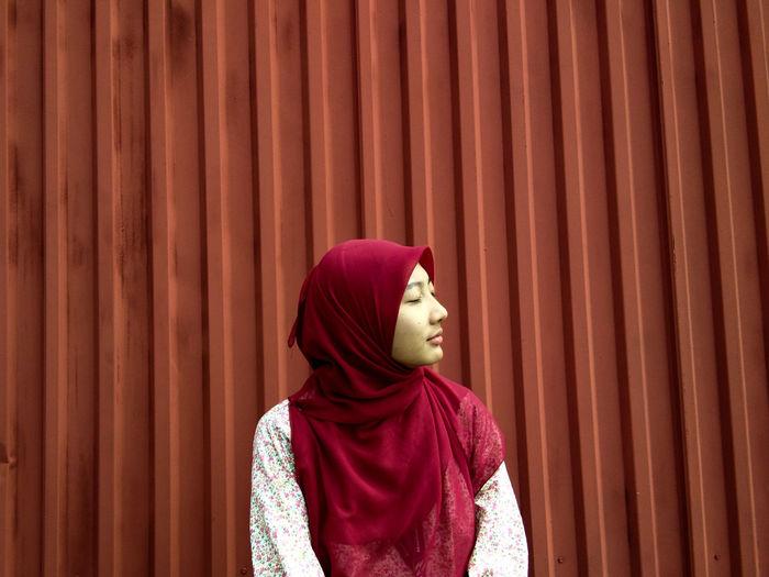 Hijab Red