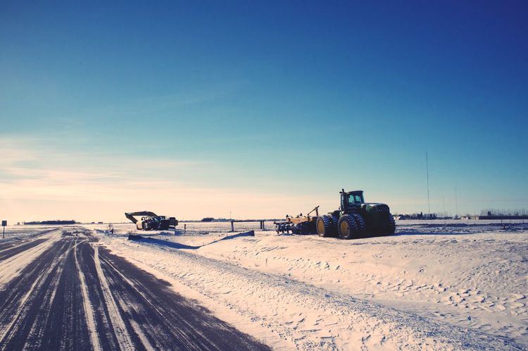 January 9, 2016 QVHoughPhoto FujiFilmX100 Moorhead Minnesota Landscape Winter Snow Tractor Machinery