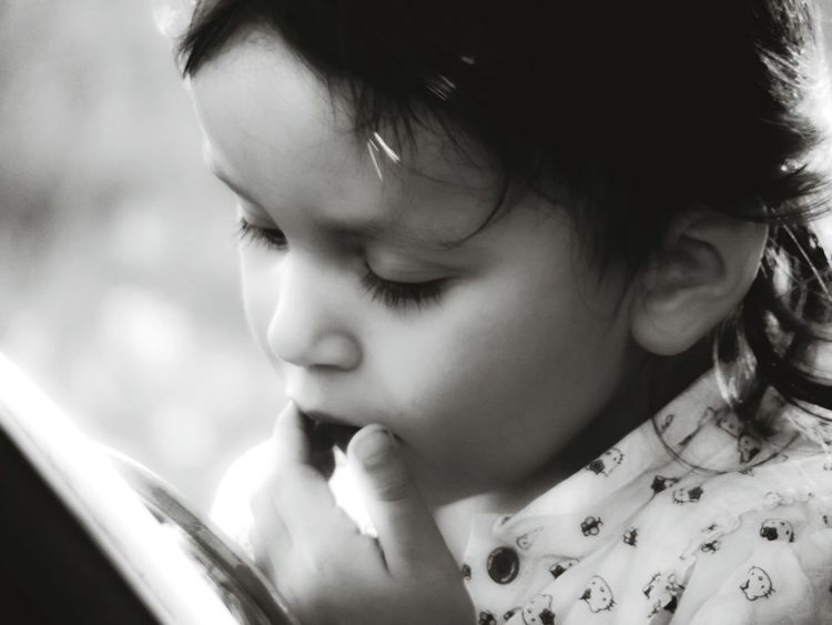 looking into a mirror... Black And White Black And White Portrait Candid Portraits Portrait Of A Child EyeEm Best Shots - Black + White EyeEm Portraits Portrait Of Innocence Mirror Capture The Moment Picturing Individuality Everyday Emotion