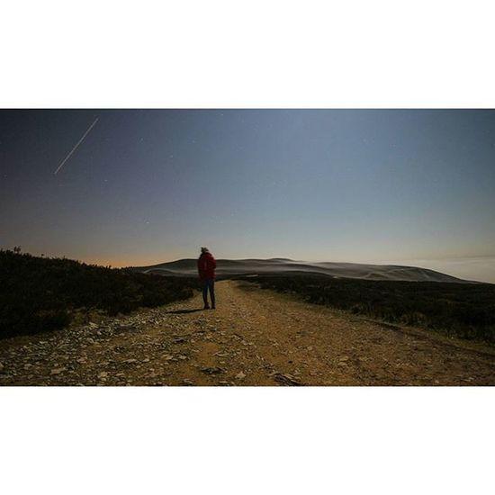 @alexandrapugh enjoying the silence and stars Moelfamau Mountain Longexposure Nightphotography Cloudtrail Shootingstar Latenightadventures Wales