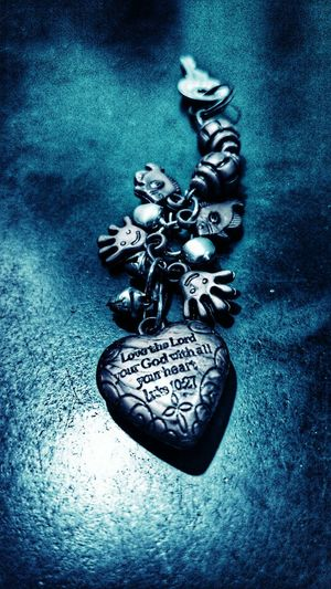 Love thy Lord... :) Key Ring God Love Peace Simple Neat Smiley Heart Happy Valentine Lord Praising The Lord