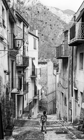 old alley, Palermo, Sicily, Italy Town City Architecture Mountain Alley Walking Rear View Palermo Streetphotography Street Photography Black And White Incidental People