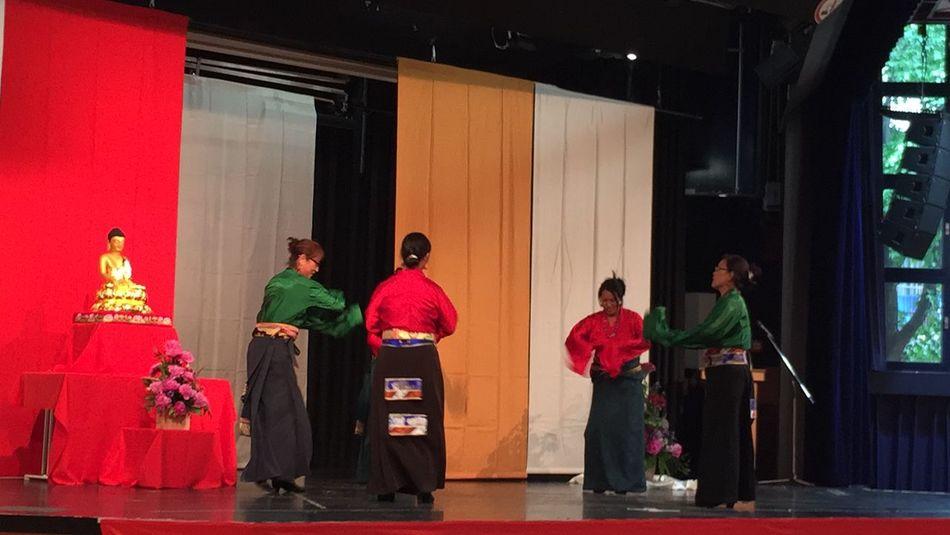Vesak Vesak 2015 in Frankfurt Am Main The Dancer Asian  Asian Culture Frankfurt's Life Hello World Colors My Country In A Photo