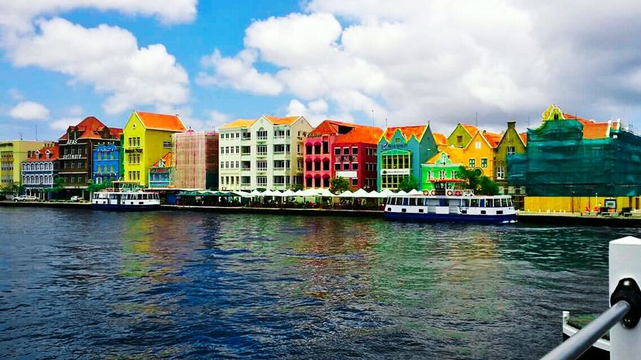 Feel The Journey Vacation 2015 Taking Photos on the Floating Bridge in Curacao (willemstad) With Family