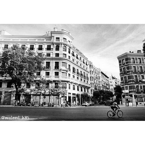 At CalleDeAlcalá CalleAlcala Walking . Madrid Spain españa. Taken by my sonyalpha dslr a200. Taken in my 2012 summer trip مدريد اسبانيا