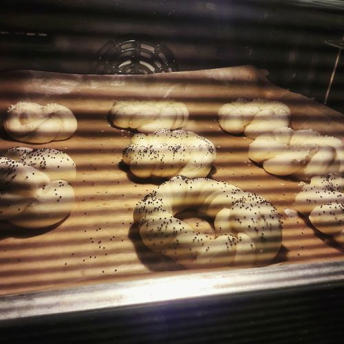 my home bakery Close-up Baking Time Poppyseed Bagel Bunsintheoven