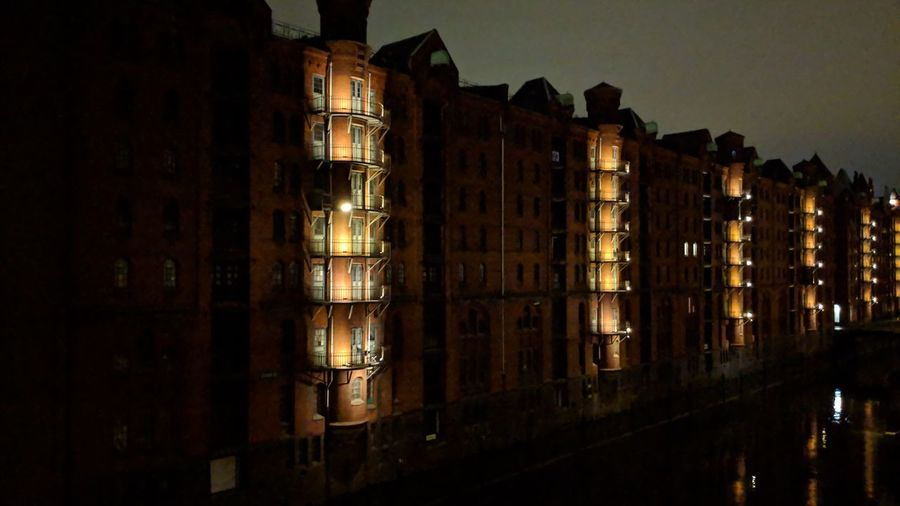 Speicherstadt at night close-up. Hamburg Hh Germany Speicherstadt Speicherstadt Hamburg UNESCO World Heritage Site Unesco World Heritage Hansestadt Hanseatic Hansestadt Hamburg Night Night Photography City Lights Night Lights Lighting Mystery Waterfront Urban Beauty City City Life Hamburg Meine Perle Cityscape City Window Architecture