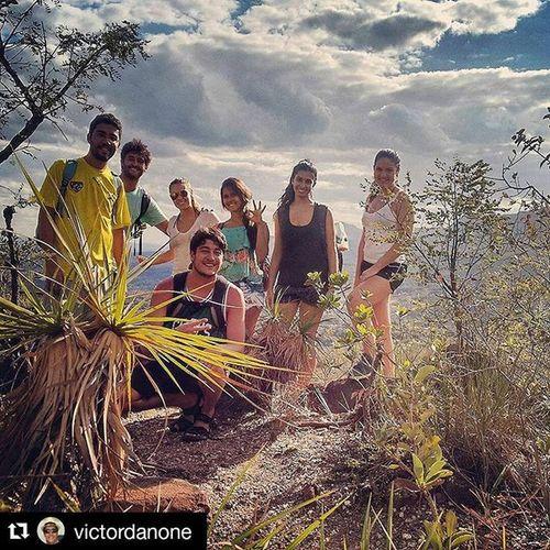 Repost @victordanone with @repostapp ・・・ Que lugar !! Teve bom demais esse role de terça com os amigos!! Cachu Casabranca Varamato Terçafeira Raissa Marcela Babi