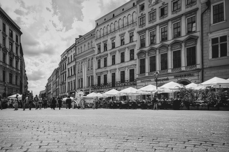 main square Oneplus Oneplus3 Oneplusphotography Shotononeplus Afternoon Cityscape Smartphonephotography Cameraphone Onepluslife Lrakow Poland Krakow Main Square Old Town Icons Cathedral Blackandwhite Politics And Government City History Architecture Building Exterior Sky Built Structure City Gate Façade Town Square