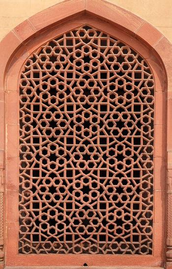 Stone window at Humayun's Tomb, built by Hamida Banu Begun in 1565-72, Delhi, India ASIA Delhi Empire Humayun India Persian Unesco Architecture Emperor Grave Heritage Historic History Islam Mausoleum Moghul Mogul Mughal Old Palace Stone Tomb Window