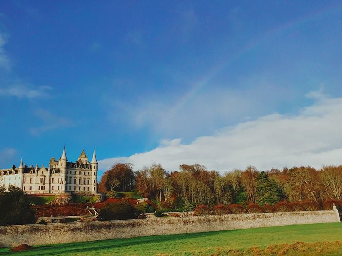 Saw for the first time so many rainbows in one day 🤩! Scotland is truly breathtaking. Scotland Castle Rainbow Sky Architecture Building Exterior Cloud - Sky Built Structure Plant Tree Nature Beauty In Nature