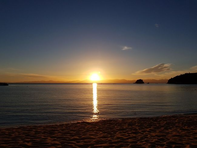Sea Sunset Beach Water Sun Scenics Sky Beauty In Nature Horizon Over Water Reflection Summer Landscape
