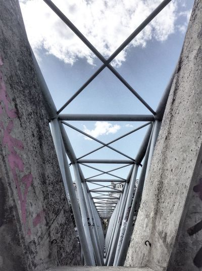 Concrete vs. Steel Vienna Wien Karmeliterviertel Donaukanal Concrete Steel Blue Sky Grey Pink Triangle Bridge Architecture Cloud Steel Construction Pivotal Ideas
