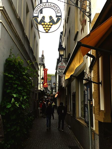 Drosselgasse Architecture Walking Alley Lantern City Outdoors Building Exterior