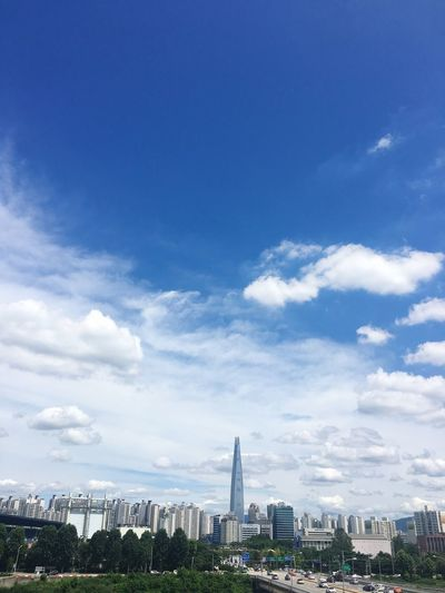 High Sky Clouds The Highest Tower Korea Lotteworld Tower Drivingshots In The Car IPhoneography Cool Nice Day Fresh And Clean Bluesky