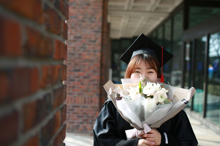 Flower Graduation Happy Love Lovely Mylove People Real People Smiling