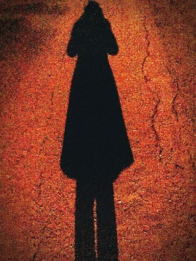 My shadow looks like the reincarnation of Rorschach Rorschach Watchmen Comic Books Comic Vigilante Fedora  Shadow
