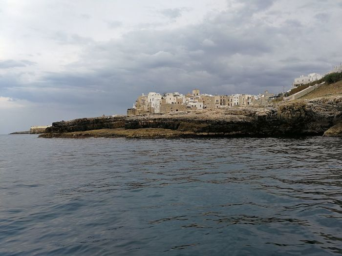 Architecture Water Sky Nature Day Waterfront No People Panorama Scogliera Centro Storico Borgo Tramonto Costa Adriatic Sea Gita In Barca Mare Turistic Places Vacanza Puglia Grotta Pietra Piatta Domenico Modugno Nuvoloso