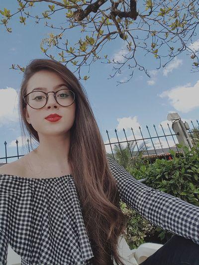 Portrait Beautiful Woman Eyeglasses  Looking At Camera Females Human Lips Lipstick Pretty Natural Beauty Attractive Eye Make-up Asian  Eyeshadow Eyeliner Beautiful Lip Gloss Make-up Urban Fashion Jungle