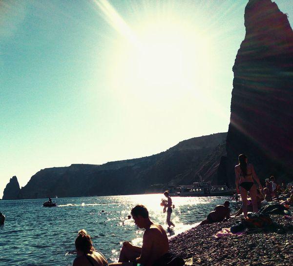 Лето лето2016 Stones & Water фиолент горы крыма горы🗻 море👻🌊 Sea And Sky Sun Sunshine Sun ☀ People Around You людиотдыхают человеки бликисолнца отдых 😊✌️