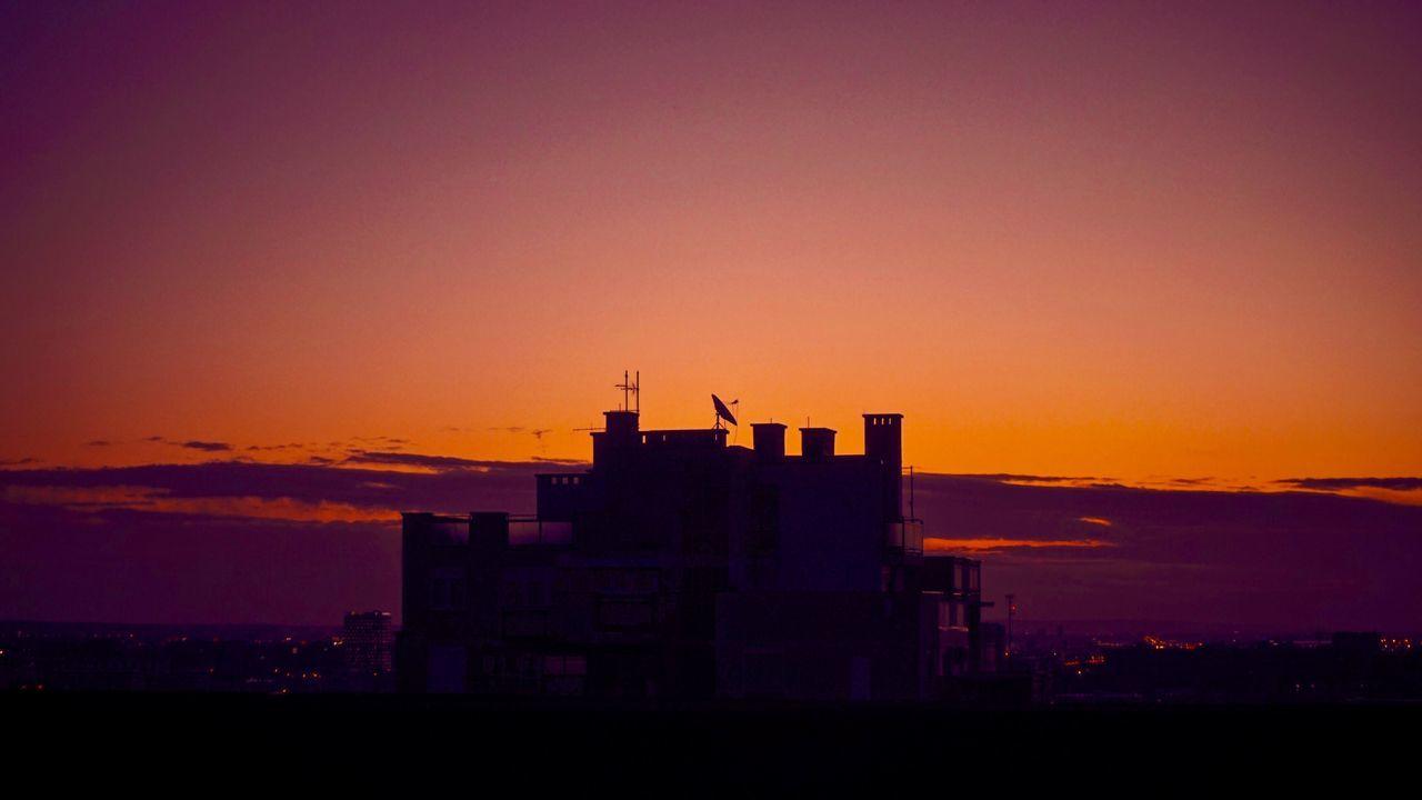 Sunrise Sunset Orange Color Architecture Built Structure Sky Silhouette Building Exterior Nature No People Outdoors City Cityscape