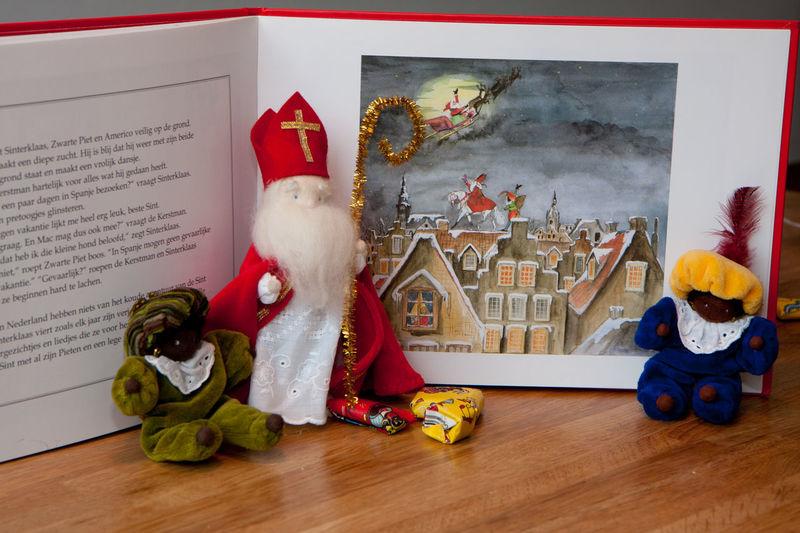 Sinterklaas Children Book Presents Zwarte Piet Pepernoten Getty X EyeEm Swaanfotografie Enyoing Life Getty Images Getty+EyeEm Collection Getty & Eyeem 5 December