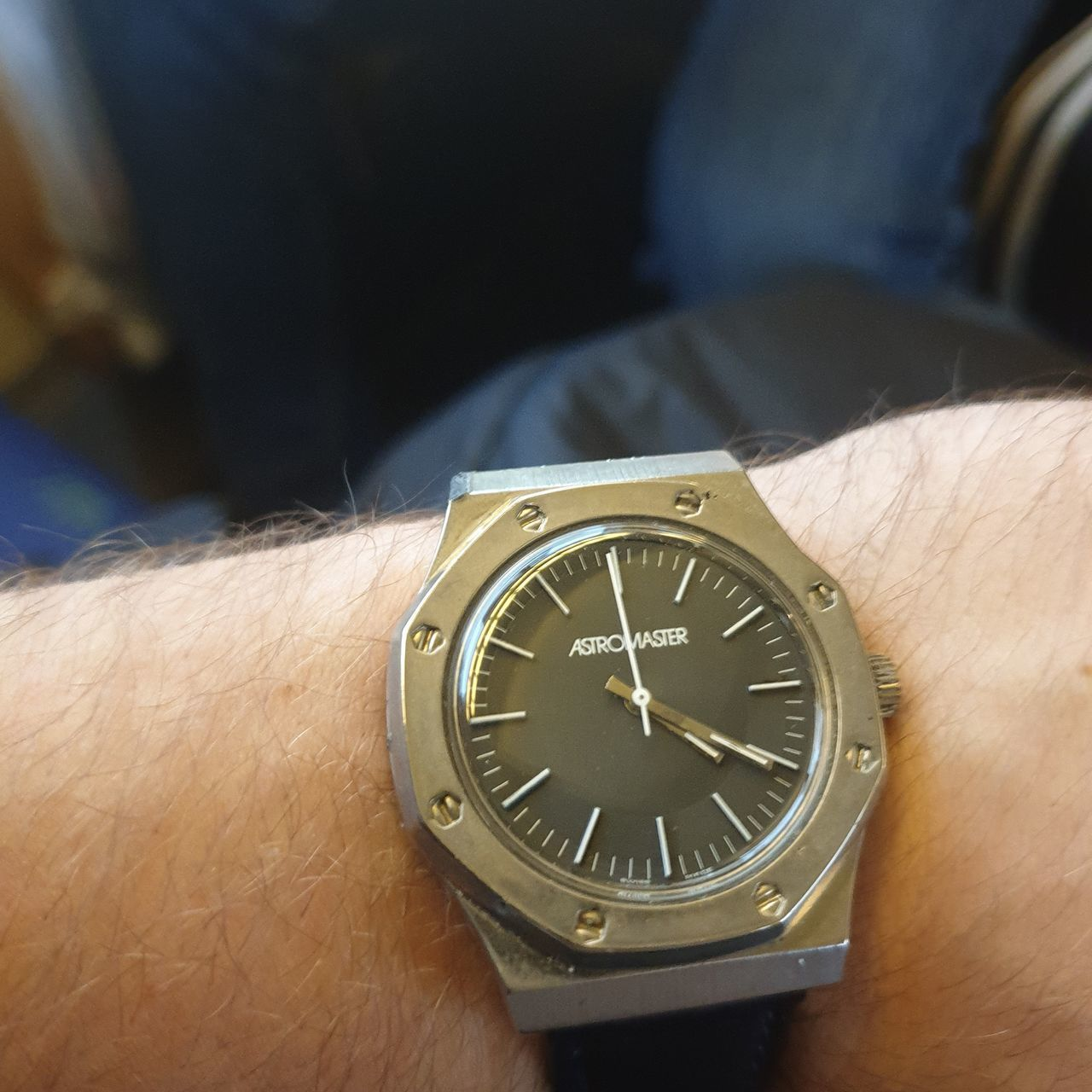 time, watch, wristwatch, hand, human body part, human hand, real people, one person, close-up, body part, men, day, instrument of time, unrecognizable person, lifestyles, accuracy, clock, focus on foreground, metal, personal accessory, wrist, finger, luxury