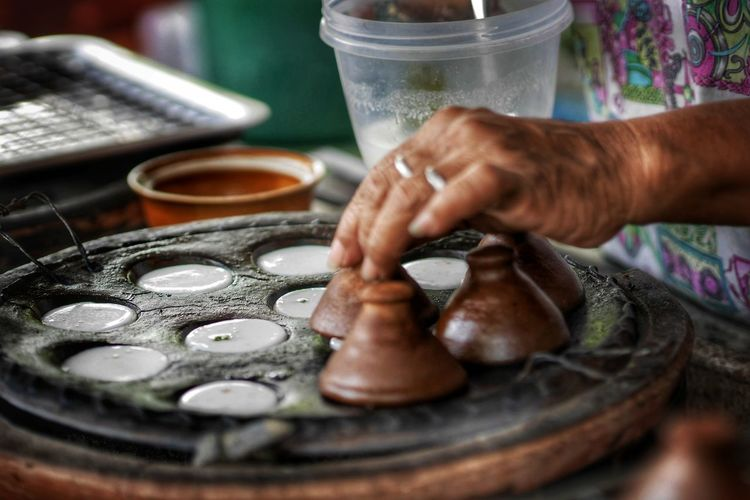 Human Hand City Working Skill  Occupation Clay Making Close-up Pottery Ceramics Craftsperson Decorative Urn Terracotta Earthenware Myanmar Culture Craft Product Art And Craft Product Blacksmith  Sculptor Dreamcatcher Molding A Shape Craft Instrument Maker