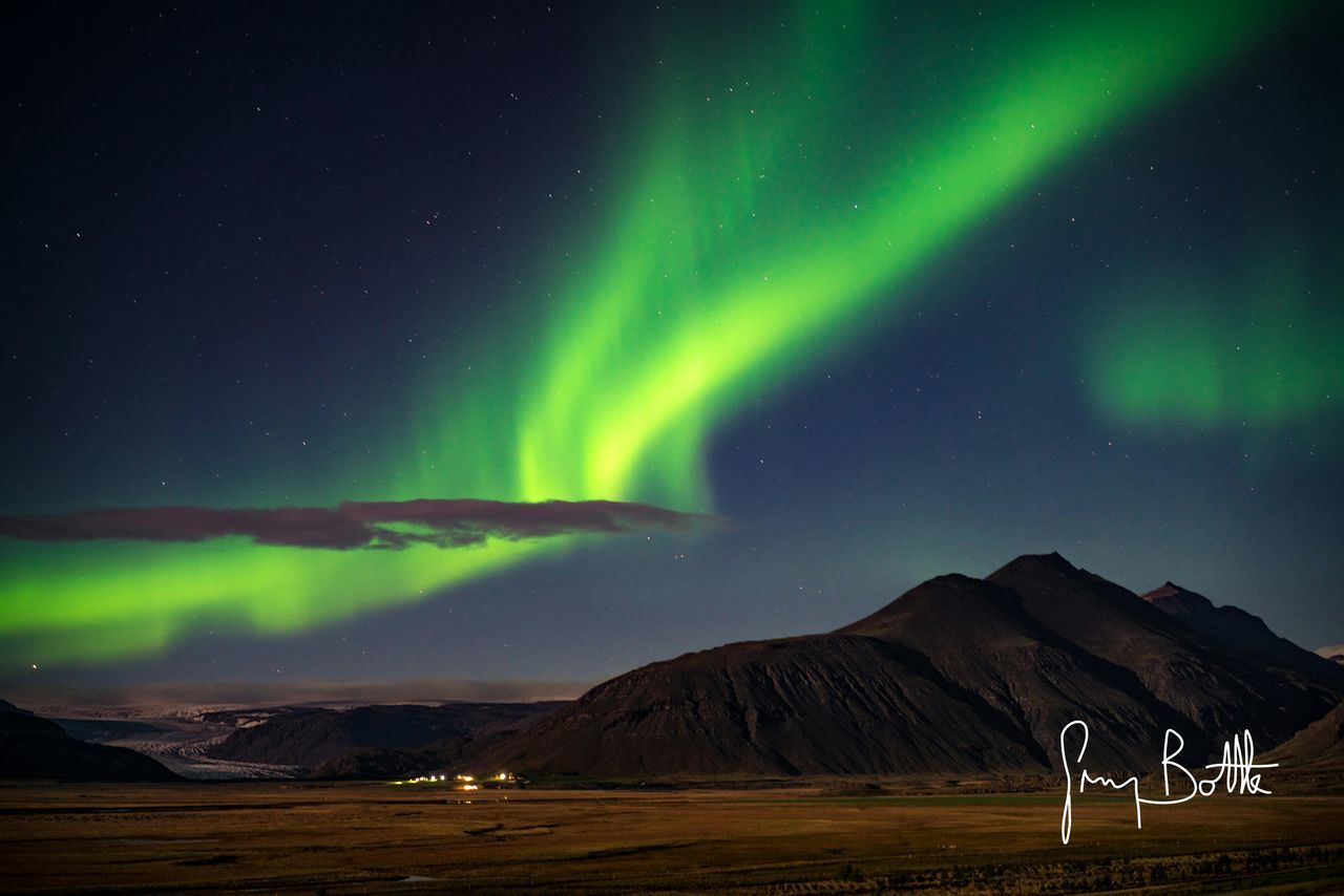 aurora polaris, beauty in nature, scenics, nature, green color, tranquility, tranquil scene, night, sky, mountain, star - space, astronomy, illuminated, natural phenomenon, landscape, no people, outdoors, power in nature, space, galaxy