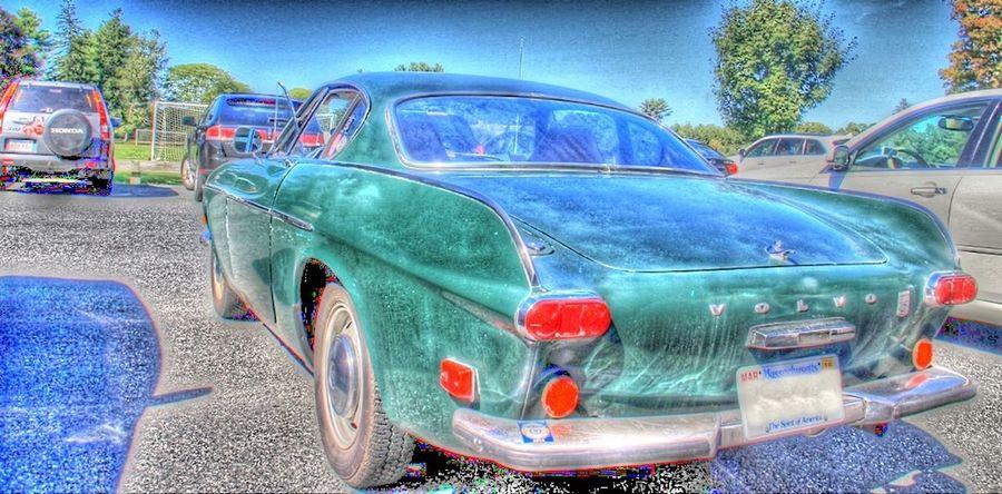 Parking lot find Volvo Retro Oldies