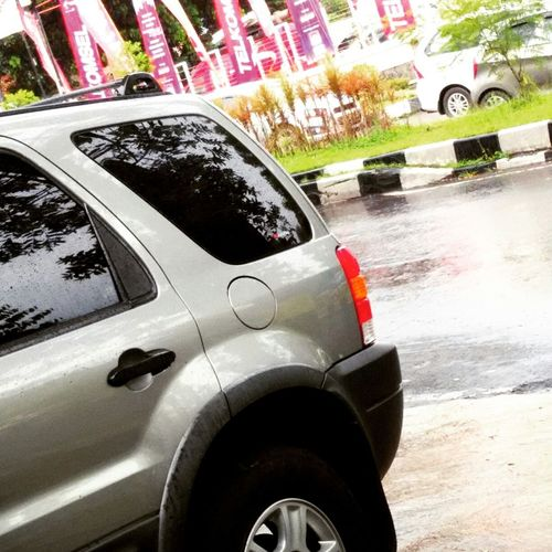 rainy day with SUV