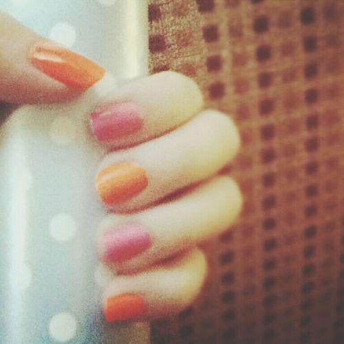 #nail #nailpolish #nailart #mine #orange #pink #pinklicious #candybar #holiday