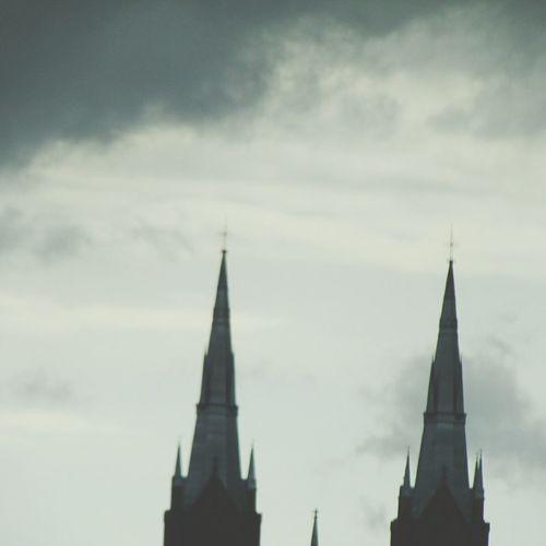 Aburrida Iglesia Enriqueiglesias 😀 Desde Dentro autoshot Buenos Días Cielo Y Nubes  Mirando El Cielo Gray Sky