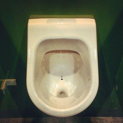 Hole in one Pissoir! ;-)