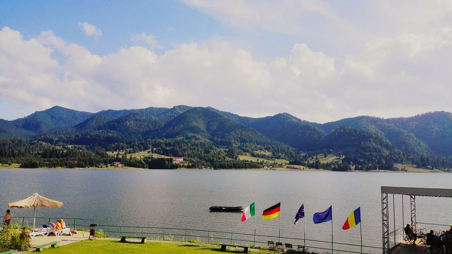 Colour Of Life Taking Photos Hello World The Essence Of Summer Huawei Shots Color Photography Sunlight Mountain View Calm Relaxing Outdoors Lake Colibita View Summertime