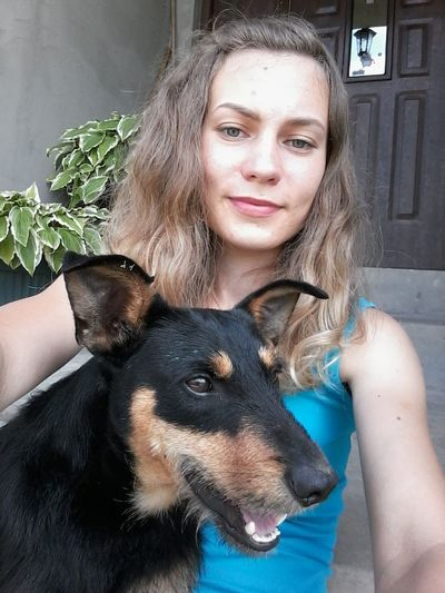 Selfie With My Dog Straggler Me Dog Domestic Animals Bruno EyeEm Animal Lover Sitting Outside Pets Portrait Friendship Happiness Dog Beauty Women Looking At Camera Beautiful People Young Women