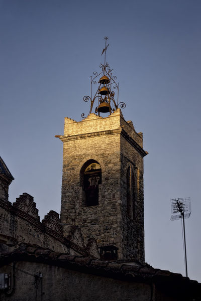 Taken during a film shoot for an advert for a local wine distributer. Barcelona Belltower Catalunya Church Churchtower Clock Place Of Worship Tower Vignette