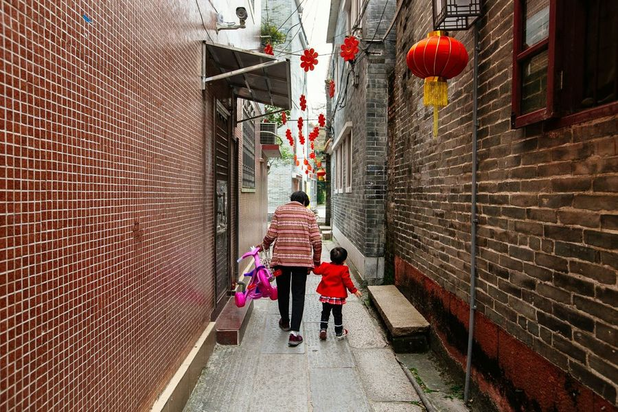 Grand Alley Walk. Streetphotography China Eye4photography  EyeEm Best Edits EyeEm Best Shots EyeEmBestPics Eyeem Philippines The Tourist Daily Life Travel Photography Colors Of Life Streets In Color Grandmother Grandchild Love Showcase April Telling Stories Differently