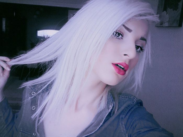 Red Lips Whitehairdontcare First Eyeem Photo Coolgirl