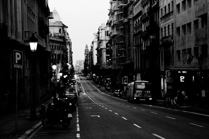 Barcelona Hanging Out Taking Photos Check This Out Hello World Relaxing Enjoying Life City Cityscapes City Life Beautiful Love Bcn Follow #f4f #followme #TagsForLikes #TFLers #followforfollow #follow4follow #teamfollowback #followher #followbackteam #followh Blackandwhite Cars