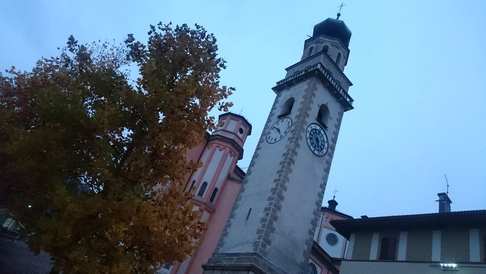 ⛪ 🇮🇹 Travel Destinations Religion Architecture Clock Tower Outdoors Dreams Come True Wonderlust Igreja Church Italia Italy