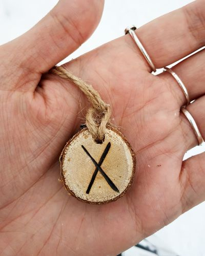 Gebo Rune Wood - Material Wood Wooden Craft Art And Craft ArtWork Arts Culture And Entertainment Human Hand Close-up Logo Symbol Icon Bling Bling Capital Letter Clock Face Second Hand Information Minute Hand Insignia Alphabet Hour Hand Sign Arrow Sign Religious Symbol Gold Chain  Disabled Sign Roman Numeral Bicycle Lane
