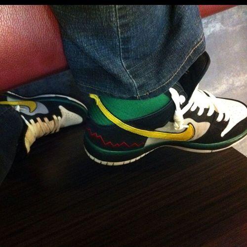 In feet! Happy feet at YakiMix EatAllYouCan McRad Dunks Nike SB Kicks @ouanne