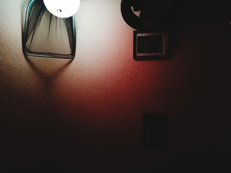Creative Light And Shadow Pivotal Ideas Indoors  No People Saumaunée Filets Freestyle Rapid