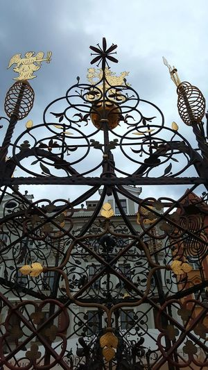 Praha2016 Summer Gate Gold Sky And Clouds Pivotal Ideas Geometric Shapes Angel Lion
