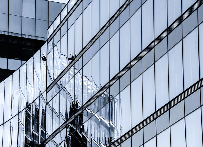 Architecture Architecture Architecture_collection Building Exterior Built Structure City Lights Day Diagonal EyeEm Best Edits EyeEm Gallery EyeEmBestPics Glass Glass - Material Low Angle View Modern Modern Architecture No People Outdoors Reflection Sky Symmetry Tall Ship Minimalist Architecture