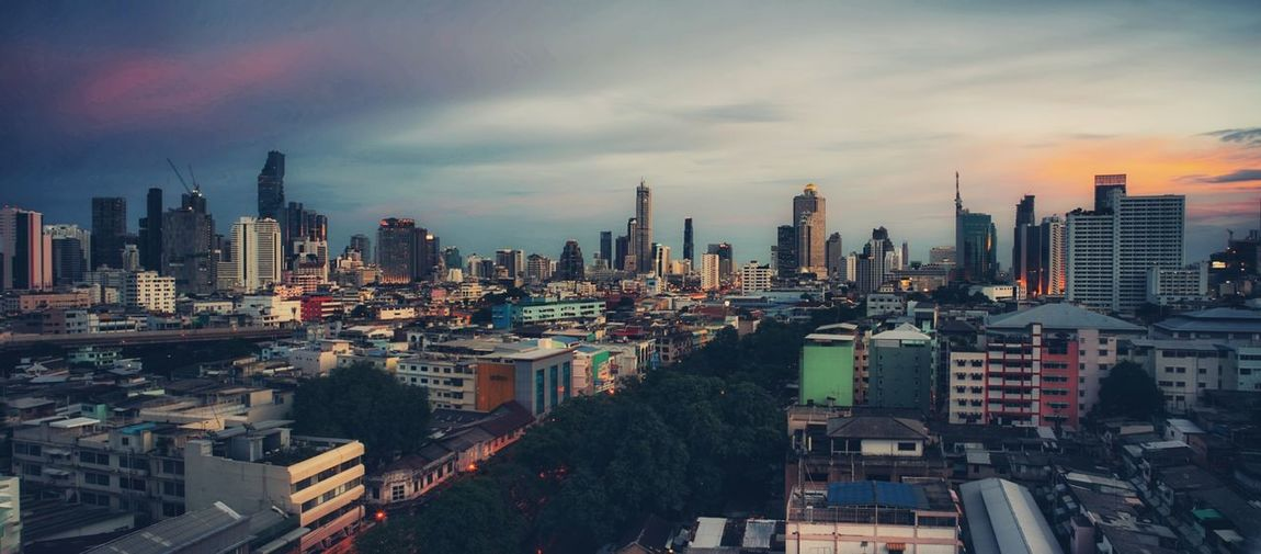 bangkok 2018 City Cityscape Urban Skyline Modern Illuminated Skyscraper Sunset Downtown District Business Finance And Industry Aerial View Urban Sprawl Office Building High Dynamic Range Imaging