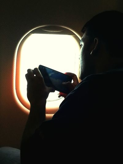 Human Meets Technology Mypointofview Window View Upintheair Clouds And Sky Flight ✈ Flightwindow Windowseat Airplane Shot Aerial Photography Hello World World Connection Clicking In Air Airplanemode Connected By Travel