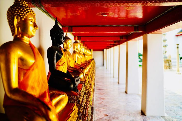 Black Buddha Buddhism Buddha Black Buddha Religion Spirituality Place Of Worship Statue Gold Colored Travel Destinations Architecture Gold No People Shrine EyeEmNewHere