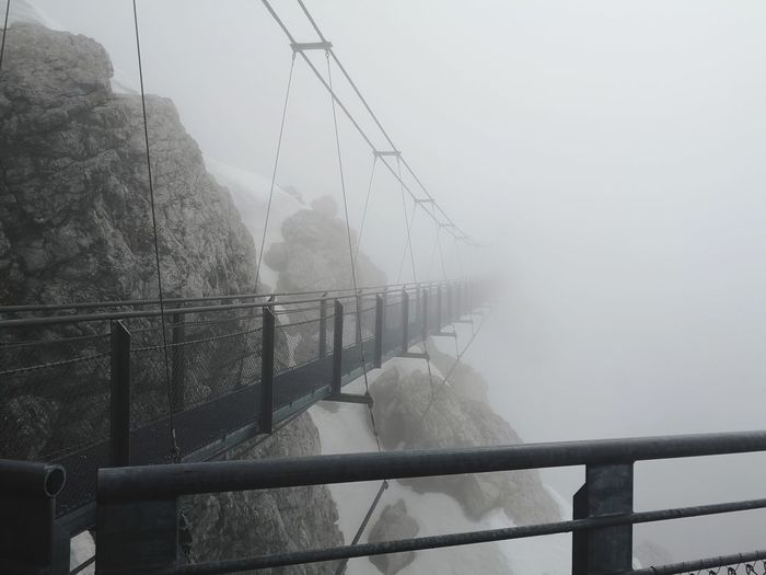 the bridge to no where, the bridge into the unknown. almost 3,000m above sea level! Stairway To Nothingness Bridge In To The Unknown EyeEm Selects Austria ❤ Dachstein Mountain Extreme Weather Crime